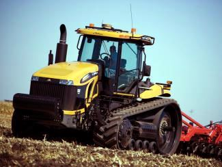 Challenger MT800C Series High Horsepower Track Tractor