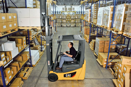 ForkLift Electric 2500-4000Lb Pneumatic